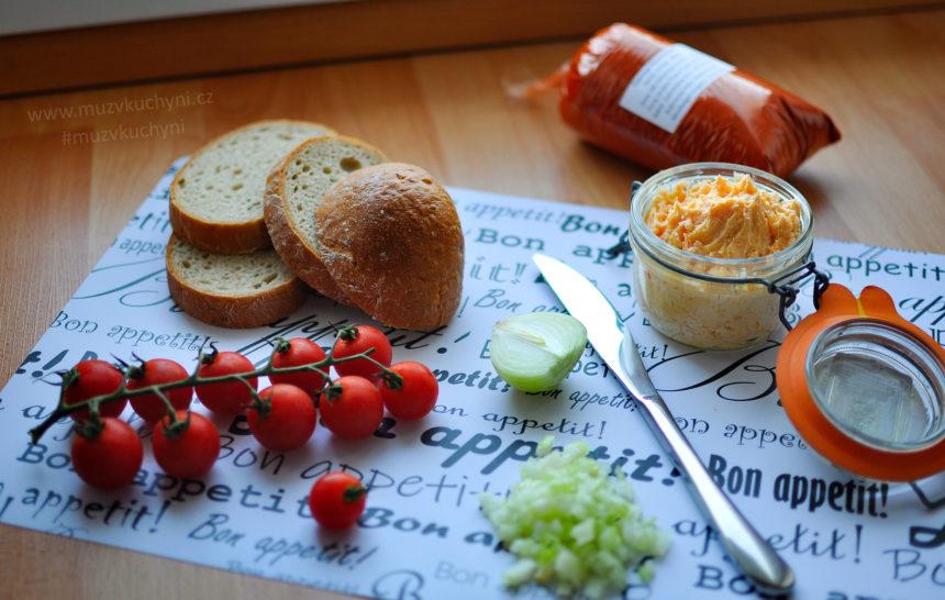 brynza, pomazánka, brynzová, recept, snídaně, tip, lehká, jednoduchá, rychlá, fitrecept, fitness recept