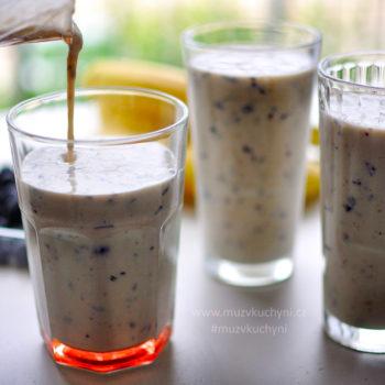 recept, milkshake, jednoduchý, rychlý, zdravý, chutný, snadný, borůvky, borůvkový, banán, jogurt, mléko