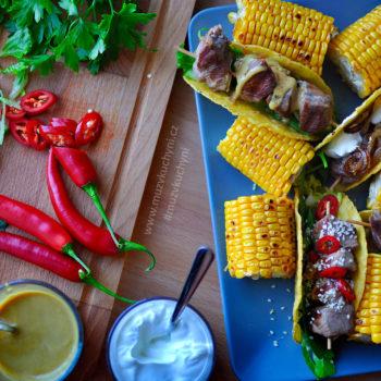 vepřový špíz, vepřové špízy, grill, recept, tacos, mexický recept, mexické recepty, mexické tacos, kukuřice, chilli, kysaná smetana, vepřová krkovice